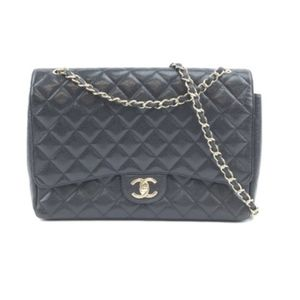 Classic Flap Caviar Leather Shoulder Bag